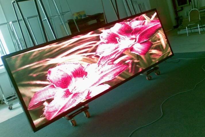 """全彩LED显示屏防止""""年老色衰""""的方法"""