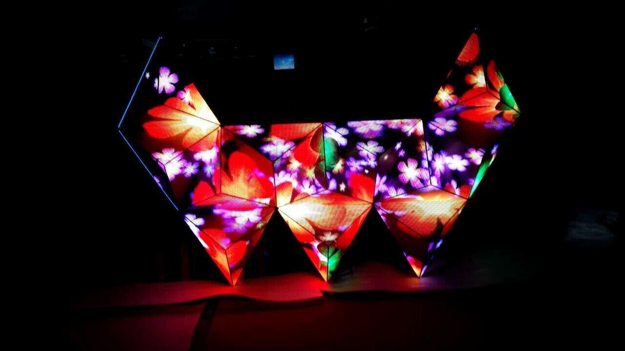DJ台LED显示屏